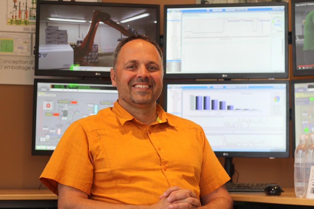 Roch Chiasson prédit un développement éclair de la robotisation dans les usines de transformation de fruits de mer. - Acadie Nouvelle: Simon Delattre