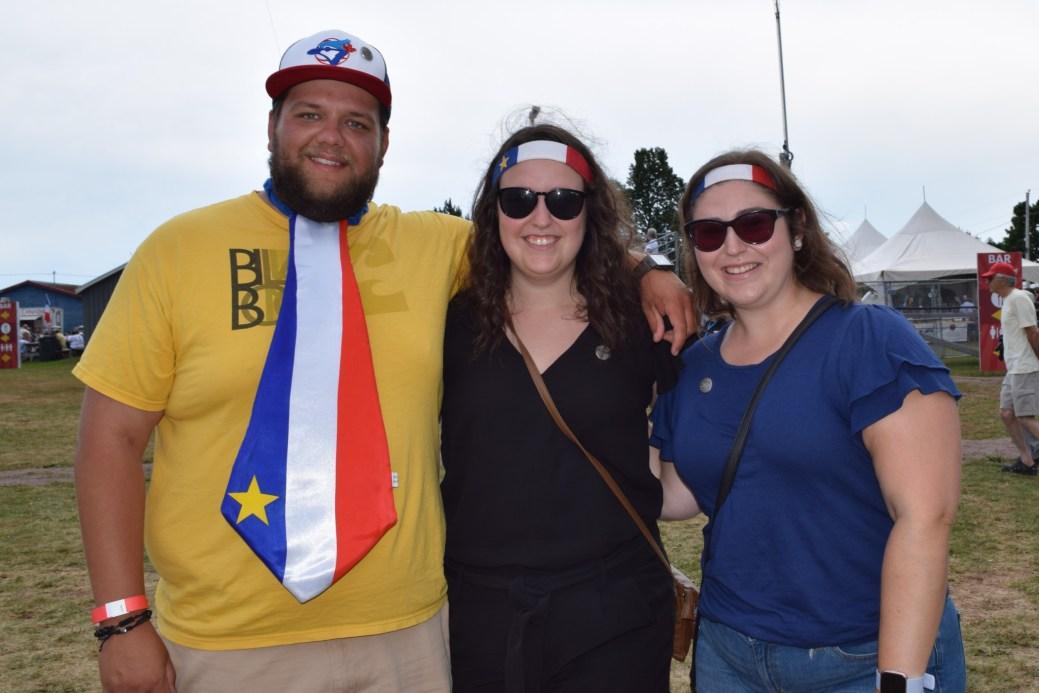 Nick Petitpas, Michelle et Ginette Arsenault. - Acadie Nouvelle: Lili Mercure