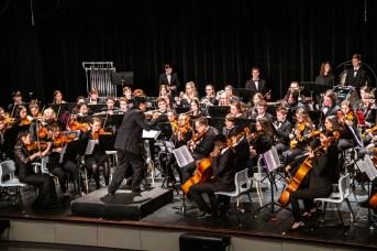 Le 18 décembre 2019. Antonio Delgado dirige l'Orchestre des jeunes du Nouveau-Brunswick. Gracieuseté Michel Carrier