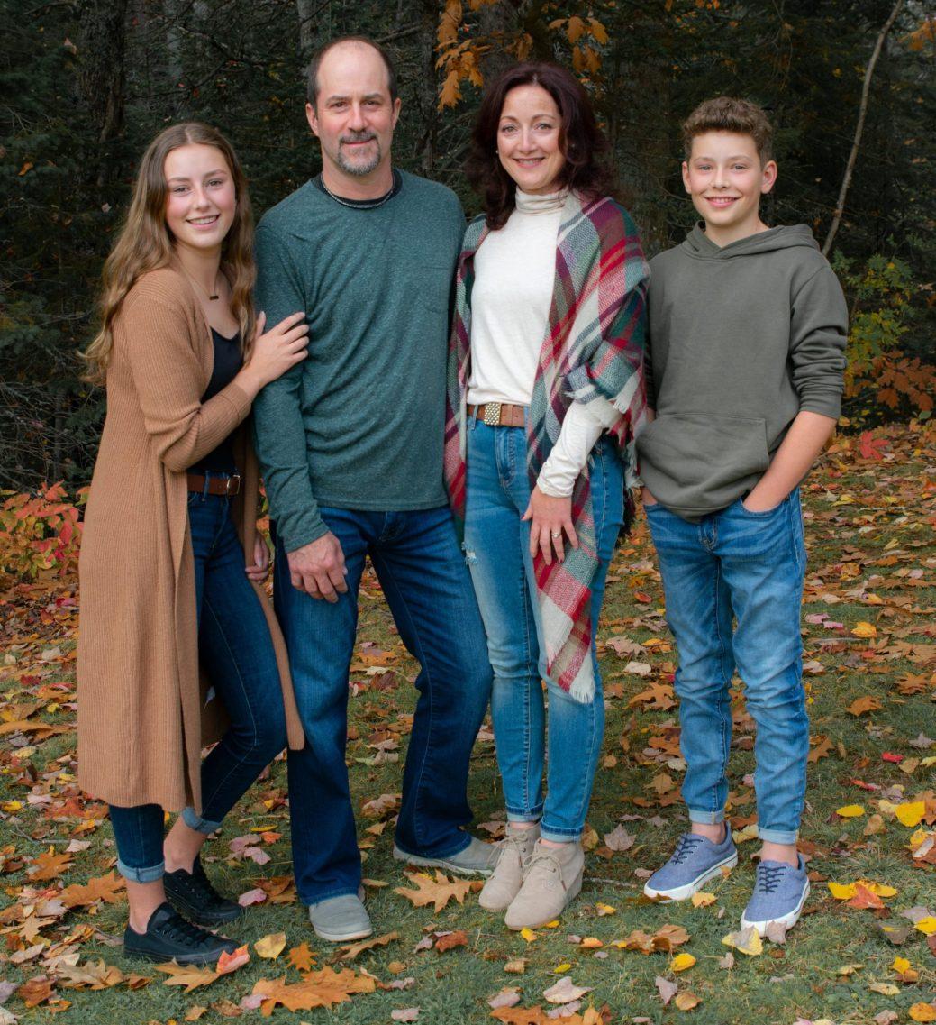 Isabelle, Ronald, Chantal et Samuel Thériault. - Gracieuseté