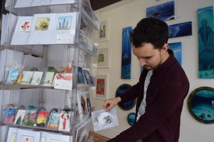 Mathieu Hébert dans sa nouvelle galerie d'art The Acorn Studio, située au 341 rue Mountain. - Acadie Nouvelle: Sylvie Mousseau