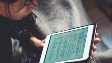 Les catégories de livres numériques qui ont été les plus prisées dans les bibliothèques publiques depuis le début de l'année sont les romans de suspense, les bouquins sentimentaux et les romans historiques. - Gracieuseté