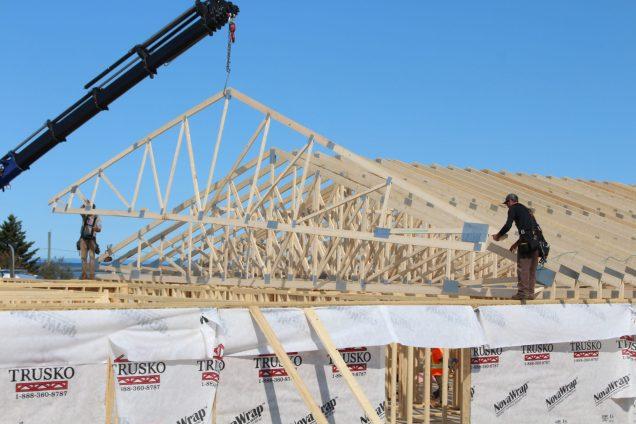 Les travaux de construction et de rénovation sont nombreux dans la Péninsule acadienne. Ici, le chantier du Faubourg de la mer, à Caraquet. - Acadie Nouvelle: Réal Fradette