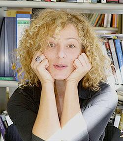 Teresa Moure
