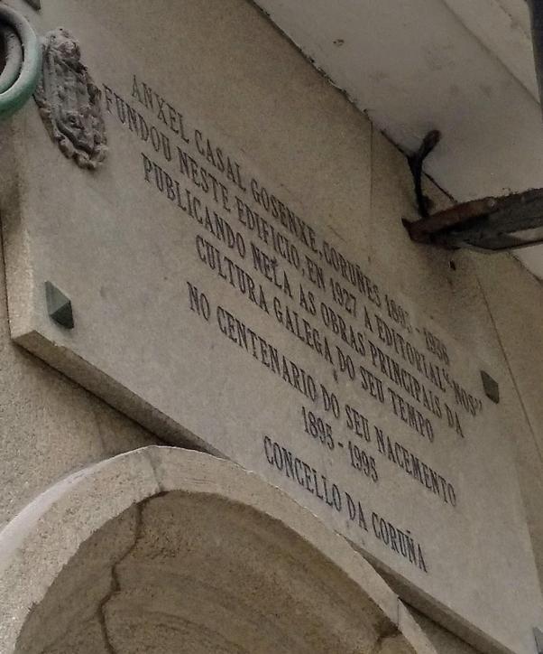 Placa na sede fundacional da Editorial Nós