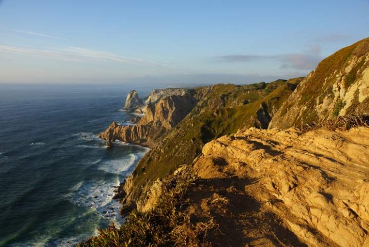 Pôr do sol no Cabo da Roca, Portugal, ponto mais ocidental do continente europeu. Foto: Adriana Lage