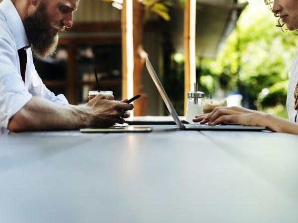 Il sexting: quando il piacere sessuale cavalca l'onda digitale