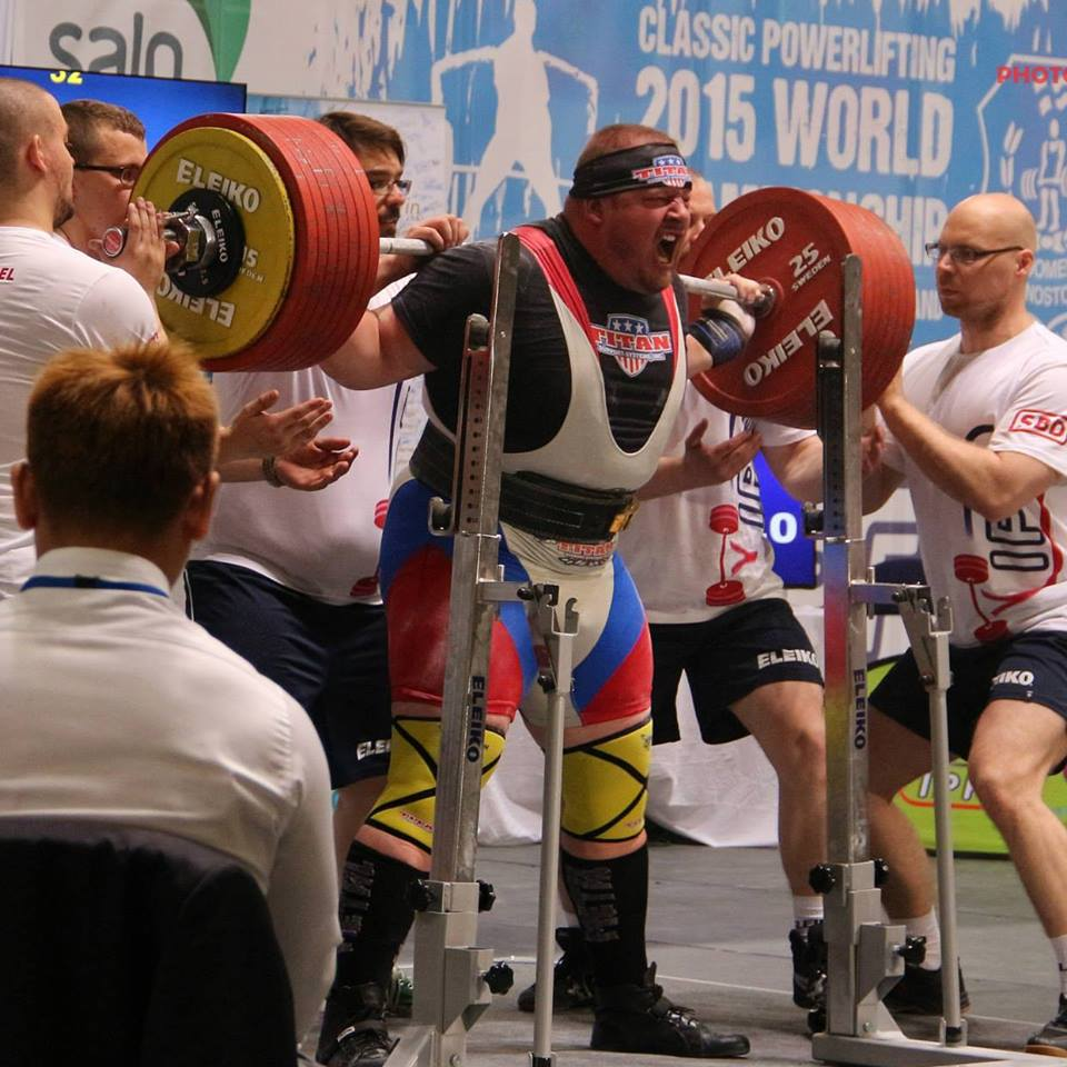Il powerlifting di vertice. Sumner Blaine from USA AIF