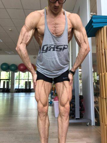 programmare ipertrofia muscoli gambe petto
