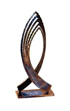 Arco dell'amicizia - scultura in ferro 2x28x10