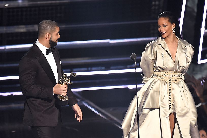 drake-rihanna-2016-mtv-video-music-awards-show
