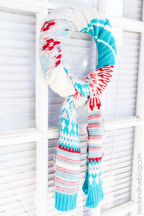 gallery-1447189270-diy-scarf-wreath