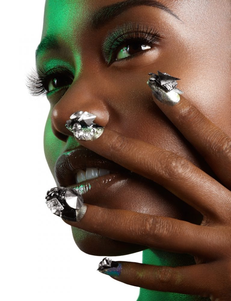 Kimberlyn-Parris-Green-Beauty-Fashion03-768x1001