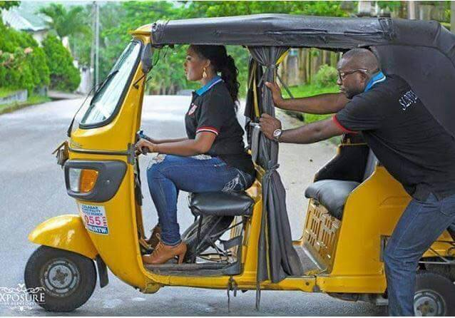 Well, at least the Tricycle driver looks really hot behind the wheels. But wait, the 'keke' isn't even working? Oops, no Range Rover wedding gift here