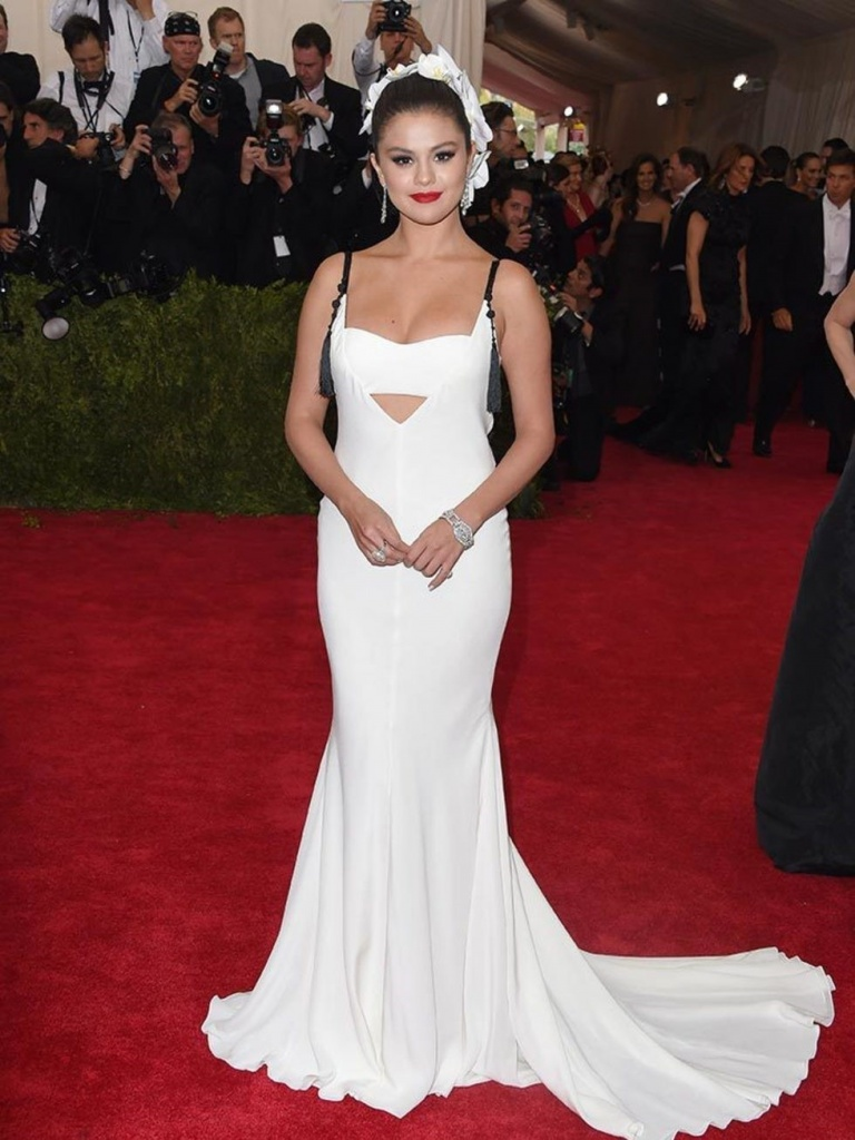 Selena Gomez At The Met Ball In New York, May 2015