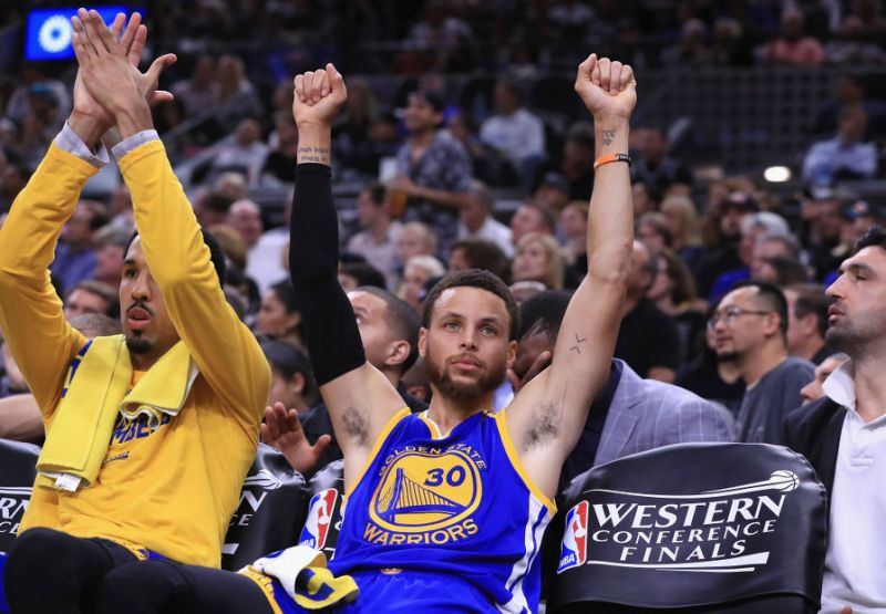 Warriors sweep San Antonio Spurs to enter NBA finals