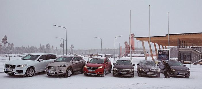 Vasakult paremale EAA 2016 finalistid: Volvo XC90, Hyundai Tucson, Honda HR-V, VW Passat, Škoda Superb, Ford Mondeo