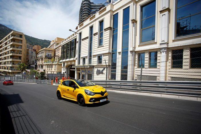 Renault_78792_global_en