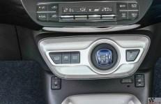 2017-prius-plug-in-hybrid-det-26