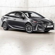 2017-prius-plug-in-hybrid-ext-16