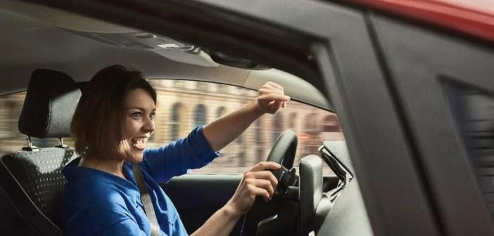 Laulmine, peaaegu ainus kõrvaline tegevus roolis, mis tervisele hästi mõjub