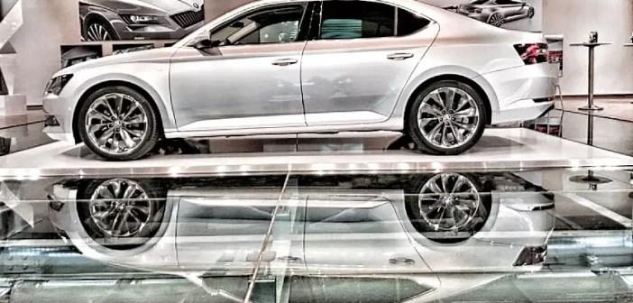 Paksult rahul: Škoda Superbi omanikud on oma auto üle kõige õnnelikumad