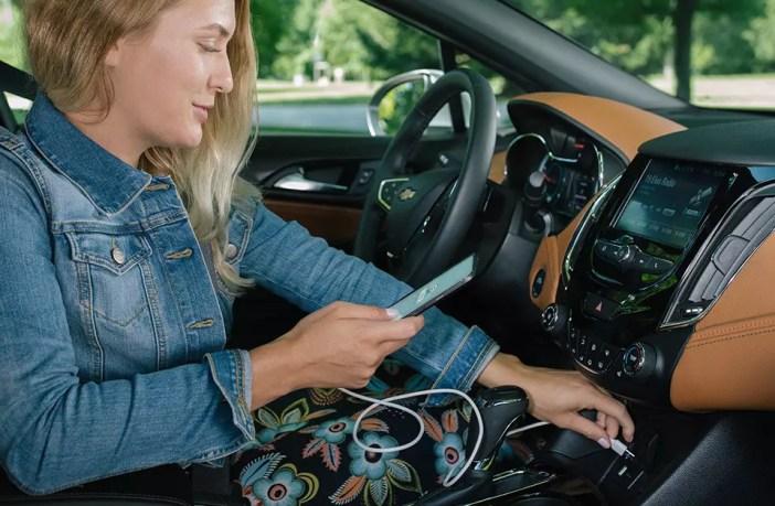 android auto hakkas waze 39 i peegeldama siin on kasutusjuhend. Black Bedroom Furniture Sets. Home Design Ideas