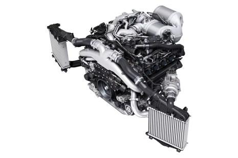 V8 pealtvaates
