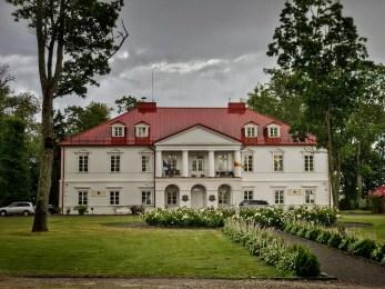 Via Baltica äärde jääb Bistrampoli mõisahotell
