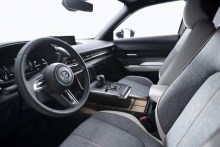 MAZDA-MX-30-Interior-European-specification-2-1024x683
