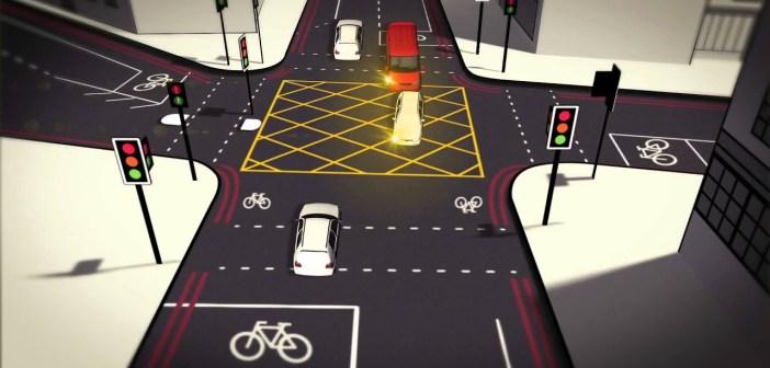 """VIDEO """"Kollase kasti ristmik"""" paneb autojuhid ristuva liiklusega arvestama"""