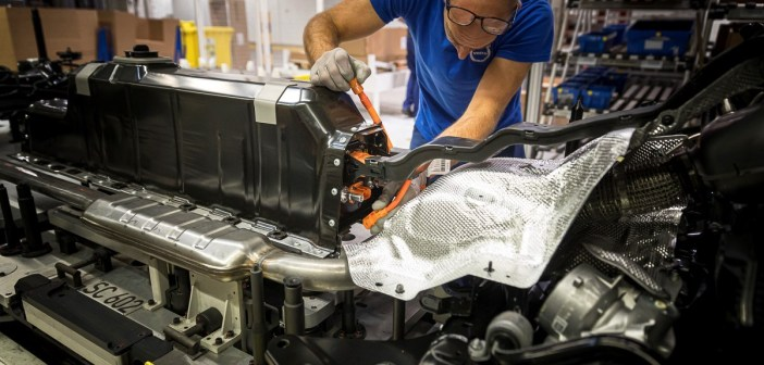 Volvo sihib kliimaneutraalsust ja annab elektrilistele mudelitele perenime Recharge