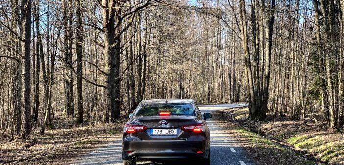 Eriolukord on vähendanud Eesti teedel sõiduautode liiklust kolmandiku võrra