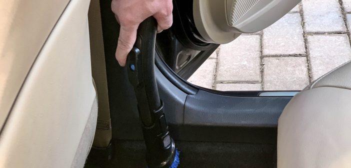 Nipinurk: Auto kevadine (sisemine) suurpuhastus käepäraste vahenditega