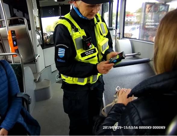 Alates 1.juunist hakatakse Tallinna ühistranspordis sõiduõigust kontrollima