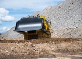 Narva karjääris hakkas tööle Euroopa suurim keskkonnasõbralik buldooser