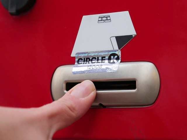 Pool mootorikütuste ostjatest eelistab kontaktivaba maksmist