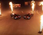 Esimesed Bugatti Chironi erimudelid jõudsid tulevärgi saatel USA-sse