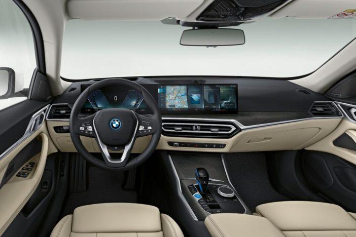 BMW i4 interjöör