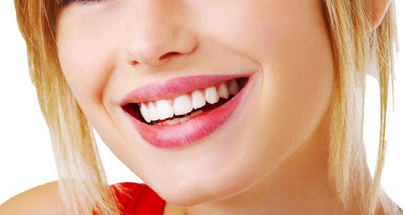 Risultati immagini per sorriso denti