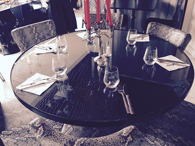 plateau en croco et verre