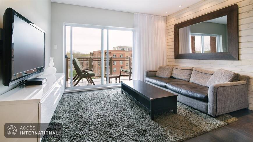Bel Appartement Moderne Entirement Meubl Louer Laval