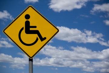 Actuando en términos de discapacidad