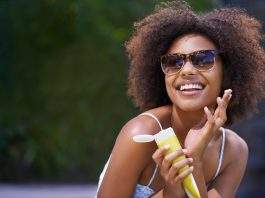 Everyone talks about using sunscreen but not many people talk about the dos and don'ts of using sunscreen in skincare.