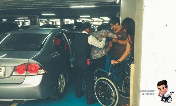 Disabled Car Parking Fashion Island-112592