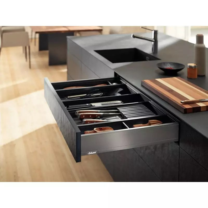 range couverts acier amenagement tiroir blum accessoires de cuisines