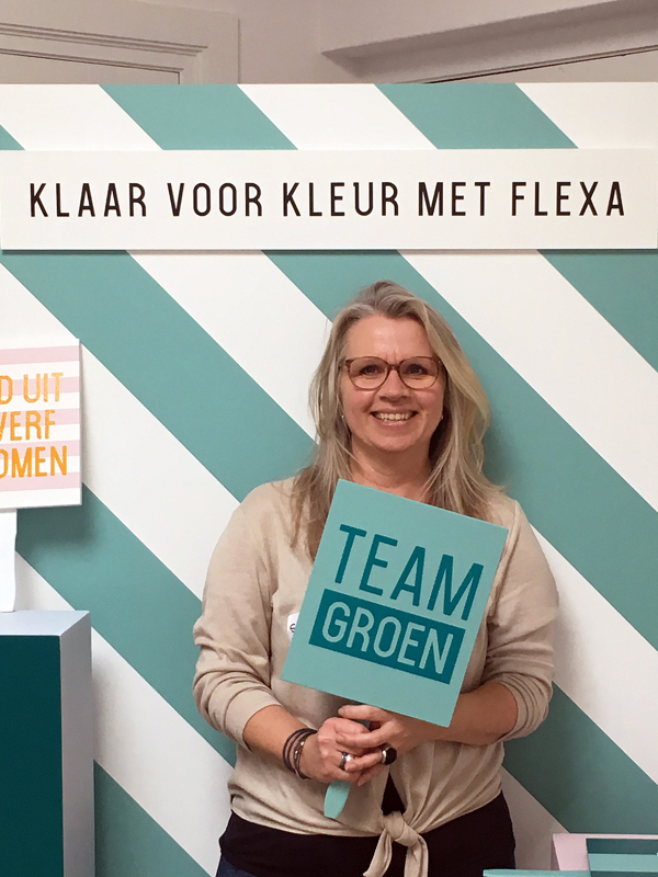It's me, team groen, in de photobooth bij de Flexa bloggersdag - via Accessorize your Home