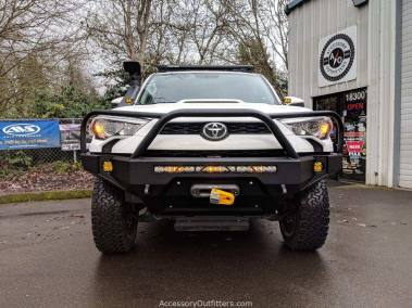 Baja Designs, ARB Safari Snorkel, CBI Rock Sliders & Bumper, WARN Zeon 10 Winch, Rhino-Rack Platform, ICON suspension