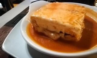 Cosa mangiare in Portogallo - la Francesinha di Porto