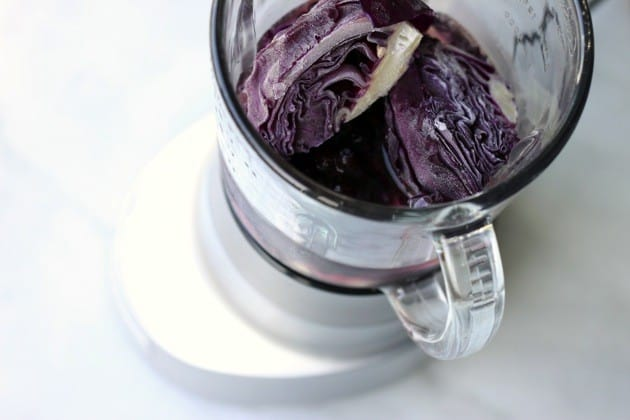 Red cabbage blueberry smoothie 1
